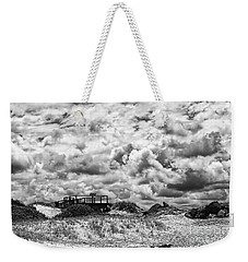 Weekender Tote Bag featuring the photograph Cloudy Beach Black And White By Kaye Menner by Kaye Menner