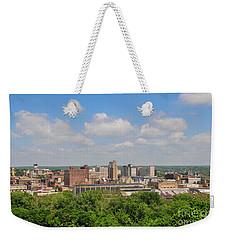 D39u118 Youngstown, Ohio Skyline Photo Weekender Tote Bag