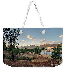 Weekender Tote Bag featuring the photograph Dawn At Rawnsley Park by Ray Warren