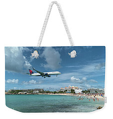 Delta 757 Landing At St. Maarten Weekender Tote Bag