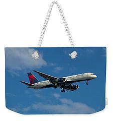 Delta Air Lines 757 Airplane N668dn Weekender Tote Bag