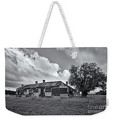 Weekender Tote Bag featuring the photograph Duckholes Hotel by Linda Lees