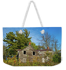 Weekender Tote Bag featuring the photograph Eidolic.. by Nina Stavlund