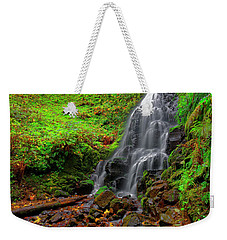 Weekender Tote Bag featuring the photograph Fairy Falls Oregon by Jonathan Davison