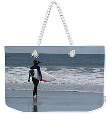 Weekender Tote Bag featuring the photograph Fall At The Shore by Greg Graham
