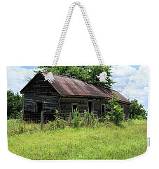 Weekender Tote Bag featuring the photograph Farmhouse Abandoned by Doug Camara