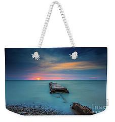 Glimpsing Sun Weekender Tote Bag