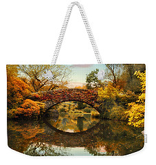 Weekender Tote Bag featuring the photograph Glorious Gapstow   by Jessica Jenney