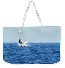Weekender Tote Bag featuring the photograph Going Vertical Off Bermuda by Jeff at JSJ Photography