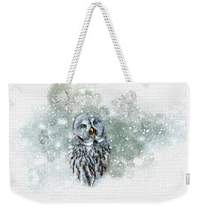 Great Grey Owl In Snowstorm Weekender Tote Bag