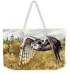 Great Horned Owl In Flight Weekender Tote Bag