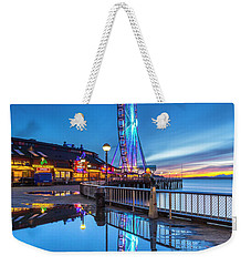 Weekender Tote Bag featuring the photograph Great Seattle Wheel by Evgeny Vasenev