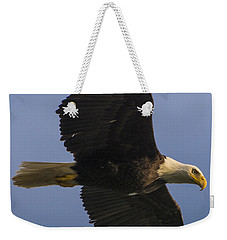 Weekender Tote Bag featuring the photograph In Flight by Gary Lengyel