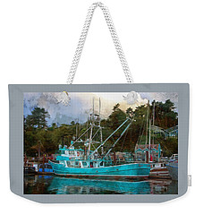 Weekender Tote Bag featuring the photograph Kylie Lynn by Thom Zehrfeld