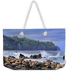 Weekender Tote Bag featuring the photograph Laupahoehoe Point by DJ Florek