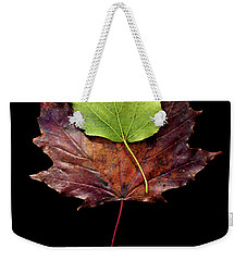Weekender Tote Bag featuring the photograph Leaf 15 by David J Bookbinder