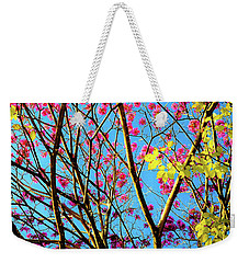 Weekender Tote Bag featuring the photograph Leaves And Trees 980 by D Davila