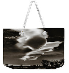 Weekender Tote Bag featuring the photograph Lenticular Clouds Of Colorado by Marilyn Hunt