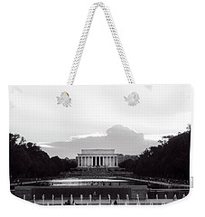 Lincoln Memorial Sunset In Black And White Weekender Tote Bag