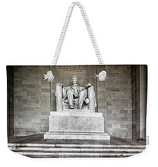Lincoln Memorial_b W Weekender Tote Bag by Michael Rankin