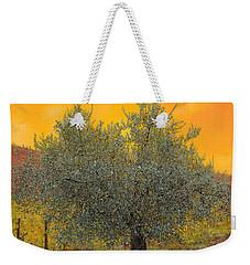 L'ulivo Tra Le Vigne Weekender Tote Bag