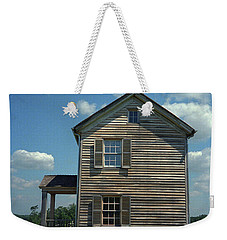 Weekender Tote Bag featuring the photograph Manassas Battlefield Farmhouse by Frank Romeo