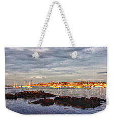 Weekender Tote Bag featuring the photograph Marblehead Neck From Fort Beach by Jeff Folger