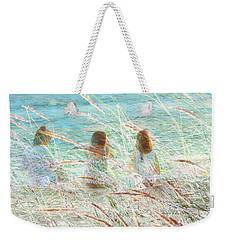 Weekender Tote Bag featuring the photograph Merienda by Alfonso Garcia