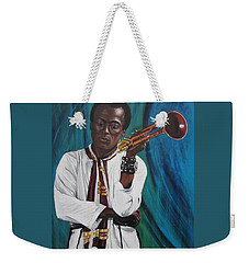 Blaa Kattproduksjoner     Miles-in A Really Cool White Shirt Weekender Tote Bag