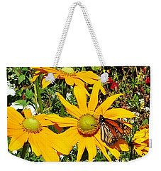 Monarh Butterfly On Yellow Flower Weekender Tote Bag