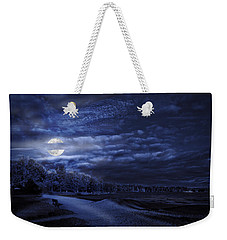Moonrise Over Pymatuning Lake Weekender Tote Bag