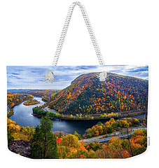 Weekender Tote Bag featuring the photograph Mount Minsi by Mark Papke