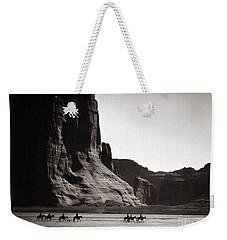 Navajos: Canyon De Chelly, 1904 Weekender Tote Bag