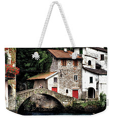 Nesso Weekender Tote Bag