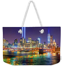 New York City Brooklyn Bridge Tribute In Lights Freedom Tower World Trade Center Wtc Manhattan Nyc Weekender Tote Bag