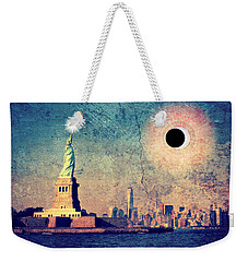 New York City Solar Eclipse 2017  Weekender Tote Bag