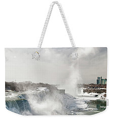 Weekender Tote Bag featuring the photograph Niagara Falls 4601 by Guy Whiteley