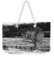 Weekender Tote Bag featuring the photograph Niagara Falls Ice 4514 by Guy Whiteley