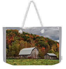 Old Barns Of Beauty In Ohio  Weekender Tote Bag