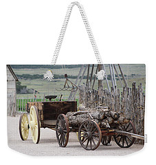 Old Tractor And Wagon In Foreground Cove Creek Fort Photography By Colleen Weekender Tote Bag