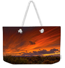 Weekender Tote Bag featuring the photograph Oro Valley Sunset H6 by Mark Myhaver