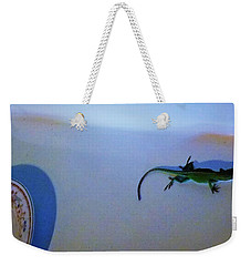Weekender Tote Bag featuring the photograph Oscar The Lizard by Denise Fulmer