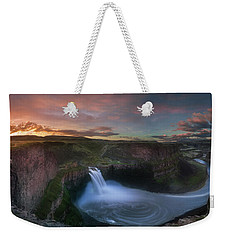 Weekender Tote Bag featuring the photograph Palouse Falls Sunrise by William Lee