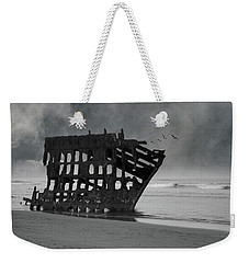 Peter Iredale Shipwreck At Oregon Coast Weekender Tote Bag