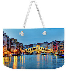 Weekender Tote Bag featuring the photograph Ponte Di Rialto by Fabrizio Troiani