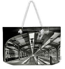 Railroad Shed - Chicago And Northwestern - Chicago C. 1910 Weekender Tote Bag