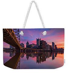 Re Pitt Weekender Tote Bag