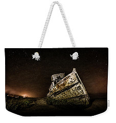 Weekender Tote Bag featuring the photograph Reyes Shipwreck by Everet Regal