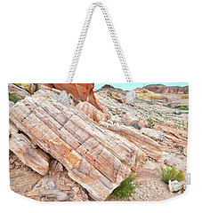 Weekender Tote Bag featuring the photograph Roadside Sandstone In Valley Of Fire by Ray Mathis