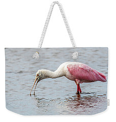 Weekender Tote Bag featuring the photograph Roseate Spoonbill by Paul Freidlund